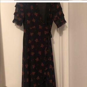 Zara ruffle dress black in small